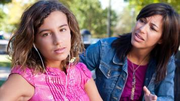 Quarter of 14-year-old girls 'have signs of depression'