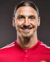 everton should have offered man utd striker ibrahimovic three-year deal - collymore