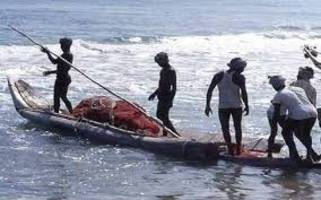 sri lankan navy apprehends 8 indian fishermen from pudukottai, tamil nadu
