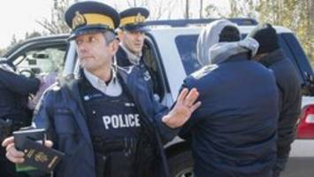 More than 13,000 asylum seekers intercepted by RCMP this year