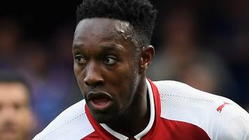 danny welbeck: arsenal striker out for three weeks with groin injury