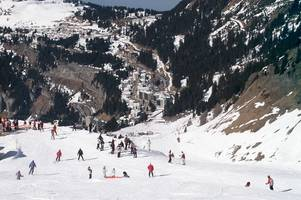 New flights to ski holiday destinations from East Midlands Airport