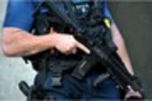 armed police spotted at tamworth railway station