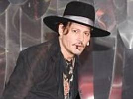 johnny depp accused of 'throwing family under the bus'