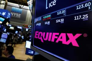 Equifax mistakenly told consumers worried about its data breach to go to a spoof site (EFX)