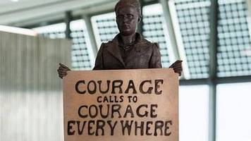 parliament square to get first woman statue