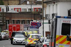 newport arrests bring total held over parsons green bombing to five