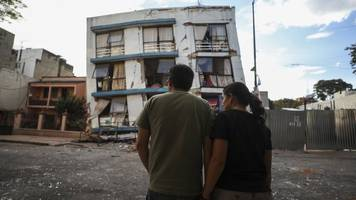mexico's earthquake at street level: what one man saw