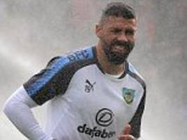 burnley striker jonathan walters' injury woes continue