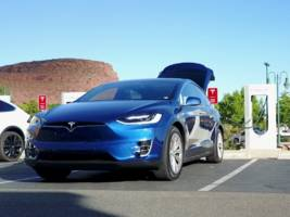 the tesla road trip — we try to see the grand canyon but there's not a supercharger station in site