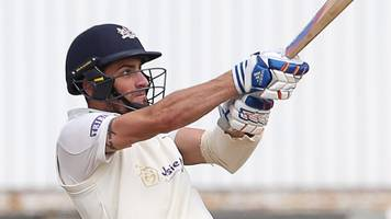 glamorgan v gloucestershire: howell and bracey shine for visitors
