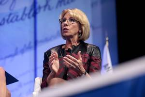 Ex-Obama Education Officials Launch Legal Aid Org To Challenge DeVos