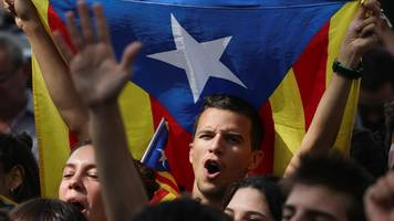 catalonia referendum: madrid court fines organisers