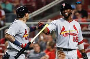 cardinals outslug reds in 8-5 win, earn sweep in cincy