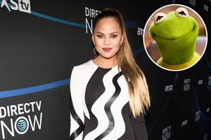 chrissy teigen shaded by kermit the frog in twitter tattoo tiff