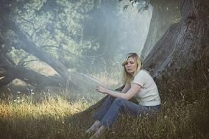 'woodshock' review: kirsten dunst and rodarte lose their way in the woods