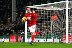former nottingham forest loan signing ross mccormack poised for move to australia