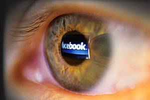 Facebook 'following me' warning is exposed as a hoax