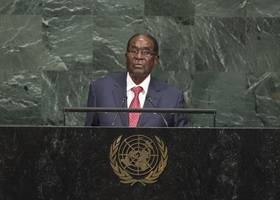 Robert Mugabe calls Donald Trump 'giant golden Goliath' who threatens to make other countries 'extinct'