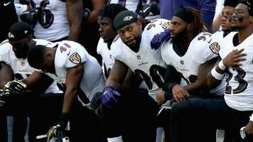 Baltimore Ravens and Jacksonville Jaguars protest at Wembley in response to Trump