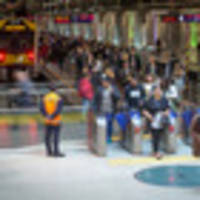 trains suspended between britomart and newmarket
