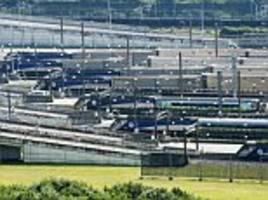 migrant sneaks into holidaymaker's car near channel tunnel