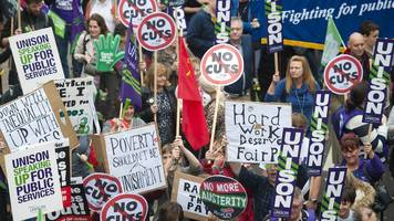 Public sector pay: Council leaders' sympathy for strikes