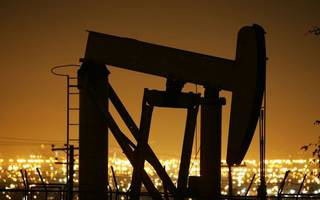 Oil prices rise to eight-month high as global inventories fall