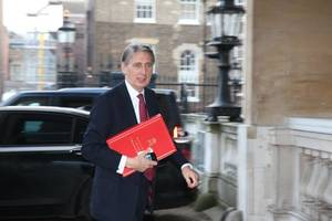 Philip Hammond Refuses To Endorse May As Conservative Leader In Next Election