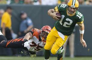greg jennings: 'when you let aaron rodgers have control, what comes out is greatness'
