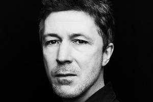 'game of thrones' star aidan gillen joins 'bohemian rhapsody' as queen's manager