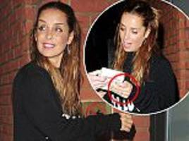 louise redknapp flashes her ring at cabaret rehearsals
