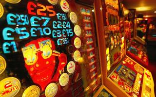 deputy labour leader announces crackdown on gambling companies