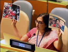 india counters pakistan's fake photo at un with image of fallen braveheart