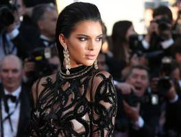 Kendall Jenner makes a move into music videos to star in Fergie's Enchanté (Carine)