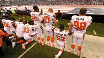 police chiefs stage their own protest against nfl players