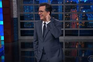 stephen colbert shows trump what a real booing crowd sounds like (video)