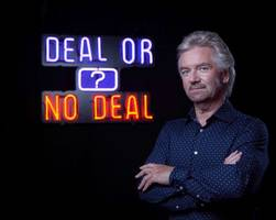 noel edmonds lashes out at lloyds over hbos scandal