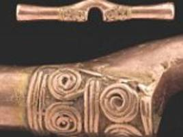 ancient colombian's love for rose gold jewellery