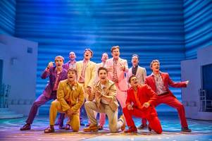 east kilbride actor makes west end debut in hit musical mamma mia!