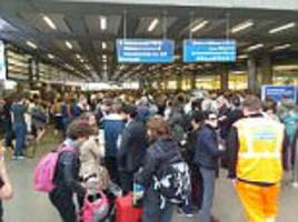 eurostar travellers face delays after signal failure