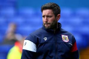 lee johnson hands it to his bristol city players after 'unbelievably tough' september