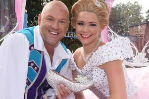 christmas shows and pantos in birmingham and beyond you need to book now