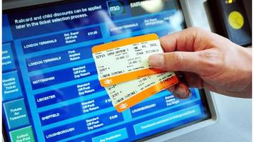 paperless rail tickets across uk by 2019 - chris grayling