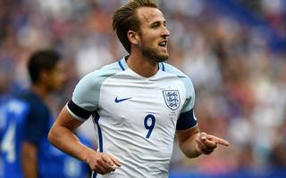 england captaincy could weigh kane down, warns hodgson