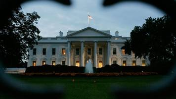 white house is putting finishing touches on legal defense fund