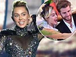 jealous miley cyrus admits to 'spying' on liam hemsworth