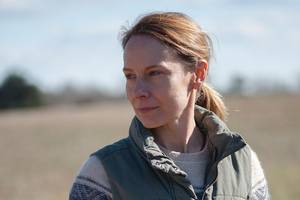 'Abundant Acreage Available' Review: Amy Ryan Owns This Quiet Family Drama