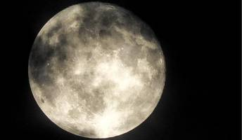 Harvest Moon shines brightly over UK