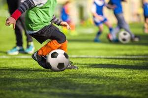 should parents who swear at junior football matches been shown the red card?